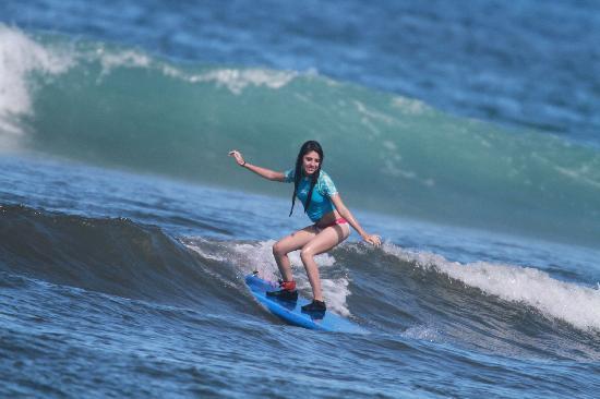 Royal Hawaiian Surf Academy: kiiiiiller waves