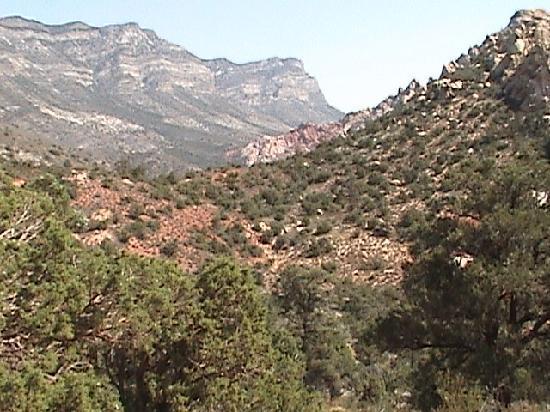 Las Vegas Rock Crawlers: The scenery