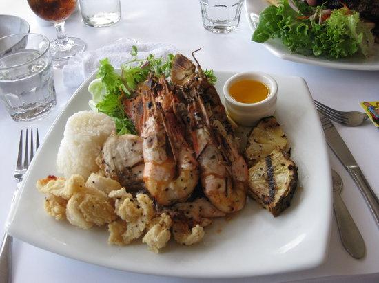 raw prawn seafood restaurant cairns restaurant reviews. Black Bedroom Furniture Sets. Home Design Ideas