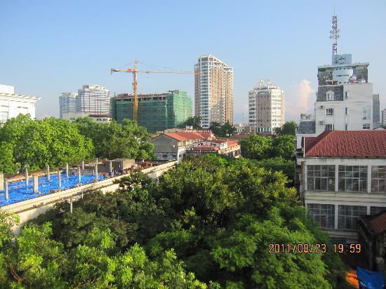 Sunrise Hotel - 9 Hang Mam: A view from Sunrise Hotel balconey