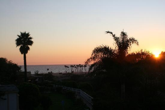 Malibu Country Inn: The view