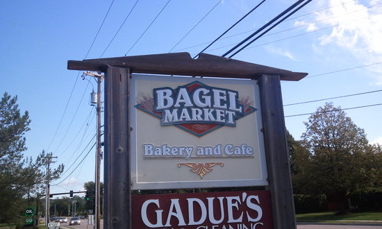 Bagel Market: Outside sign