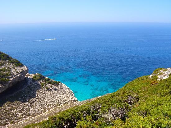Camping Des Iles: il mare da Capo Sperone