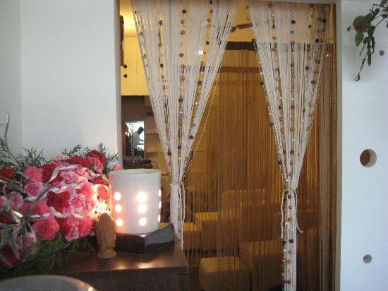 Taman Buddha : Reception