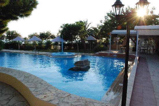 Aroma Creta Hotel Apartments & Spa : Pool