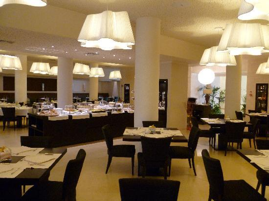 Greenblu Marinagri Hotel & SPA : Sala colazione.