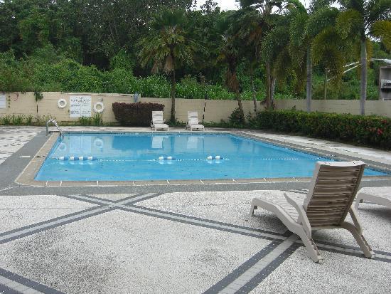 Pacific Bay Hotel: プール