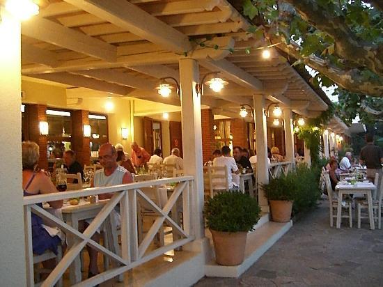 Hotel de la Plage - HDLP: Terrasse très agréable