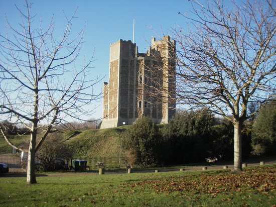 Orford, UK: The castle from outside