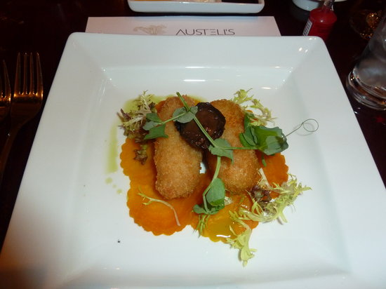 Austell's: Goats cheese croquettes