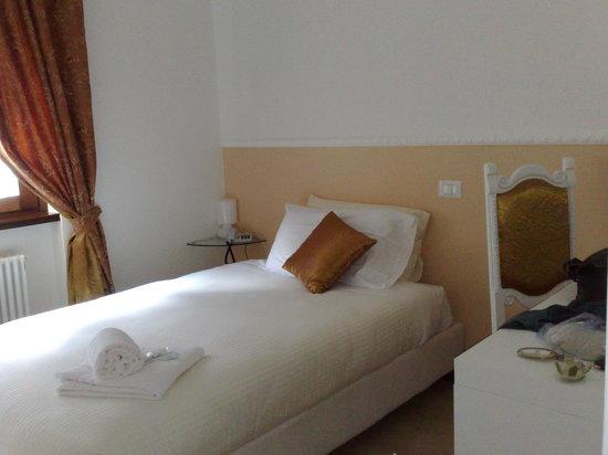 Garni Hotello: camera singola