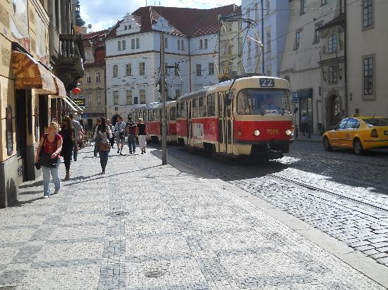 Assenzio: Praga 2011