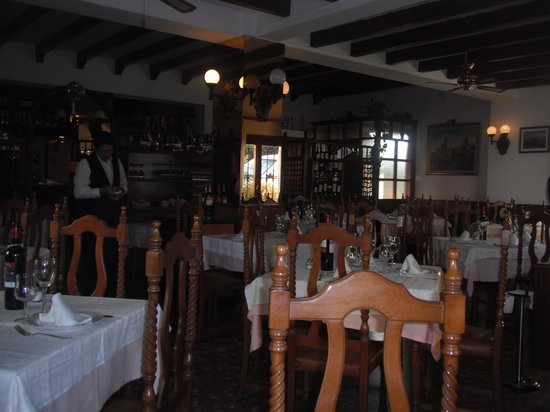 San Luis de Sabinillas, Spain: dinning room one of them