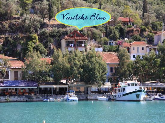 Vasiliki Blue : Exactly at the port