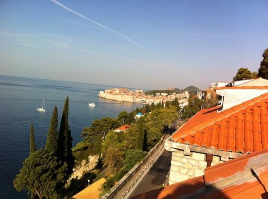 Pavisa Apartments: view