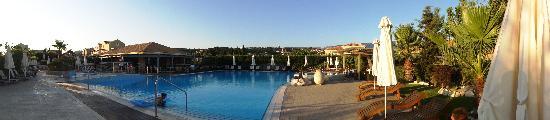 Avithos Resort: Swimming Pool View