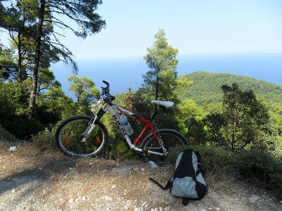 Skopelos Cycling : Mountain Biking in Skopelos