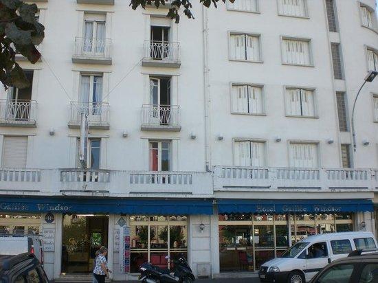 Hotel Galilee et Windsor : La moitie est vide !