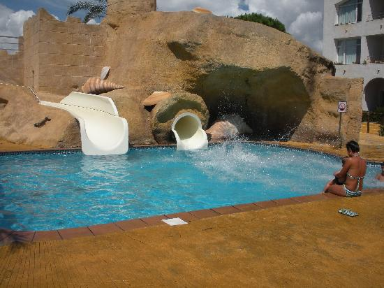 Playacartaya Spa Hotel : Toboganes