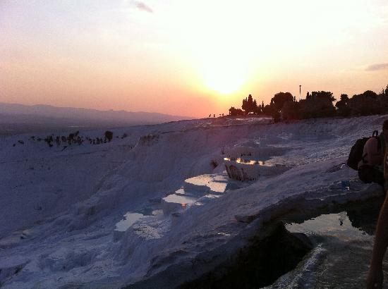 VIGOTOUR Day Tours: Pamukkale pools at sunset