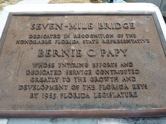 Seven Mile Bridge: Monument