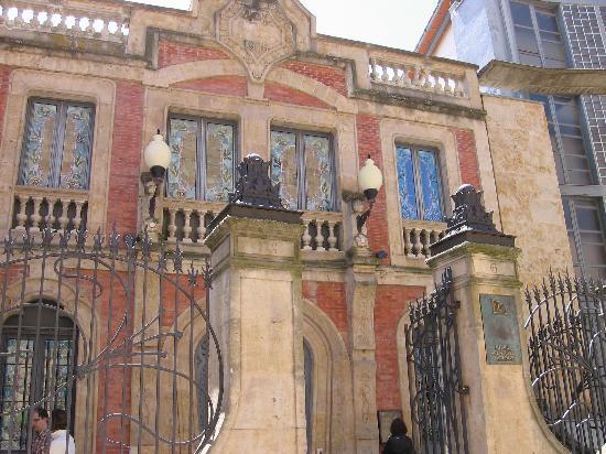Hotel Horus Salamanca: museo art nouveau y art deco