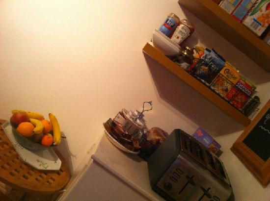 Brewery Farm House: Cereal & Fruit for Breakfast as well !!!
