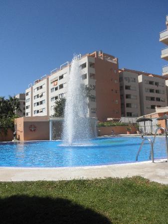 Don Angel: piscina del hotel