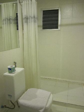 Take a Nap Hotel: bathroom