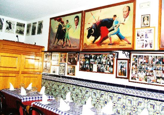 Decoraci n tipica del local fotograf a de restaurante casa ricardo madrid madrid tripadvisor - Casa ricardo madrid ...