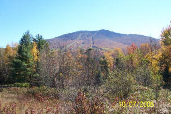 East Burke, Вермонт: See the beautiful fall foliage