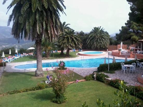 Relais delle Picchiaie: Hotel Pools