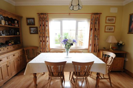 Shannon Lodge: Dining room