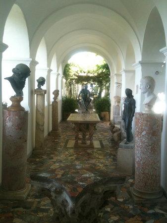 Villa San Michele: amazing sculptures