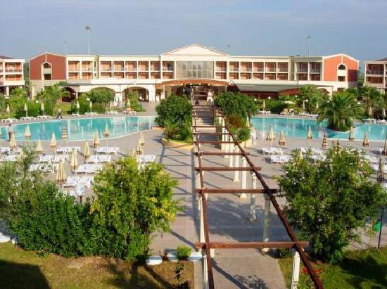 Villaggio Turistico Akiris: PISCINA ZONA RESIDENCE E RECEPTION