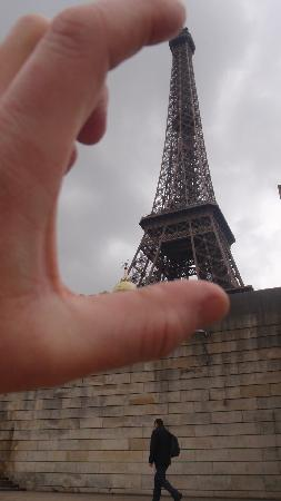 Citadines Didot Montparnasse: A trifle Eiffel