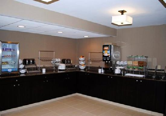 Express Inn & Suites: Breakfast Area