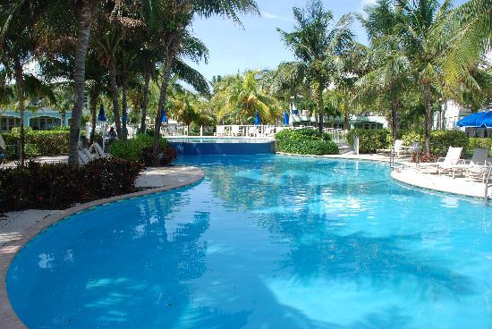Old Bahama Bay: Pool