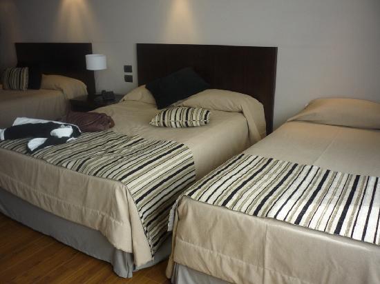 Galerias Hotel: Bedroom - Room 802