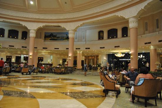 lti Tropicana Grand Azure: Main lobby