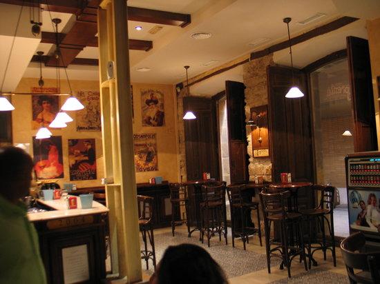 Restaurante La Imprenta : La zona antistante il ristorante