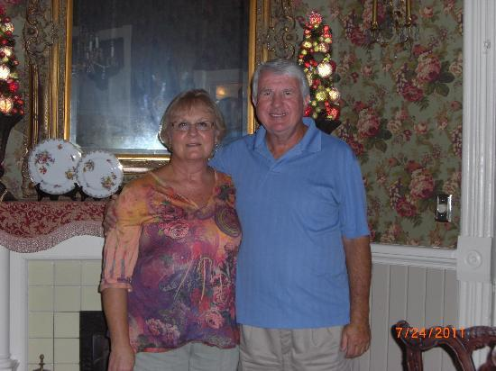 The Chipley Murrah House Bed and Breakfast: Our hosts, Donna & Paul