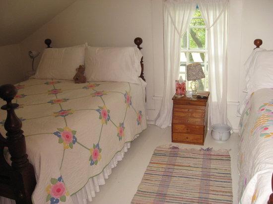 Inn at Brandywine Falls: Our bedroom