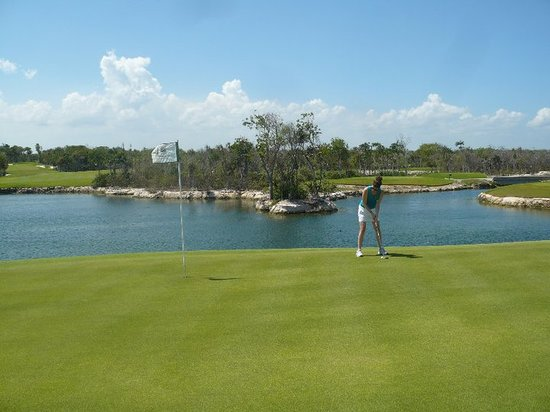 ‪Riviera Maya Golf Club‬
