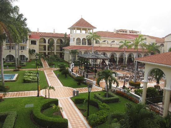 Hotel Riu Palace Mexico: Jardines