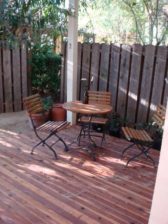 Bungalows 313: Back patio