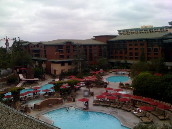‪‪Disney's Grand Californian Hotel & Spa‬: View of the Pool Area‬