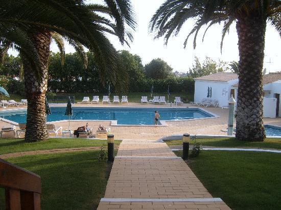 Parque Monte Verde Apartments: Swimming pool 1