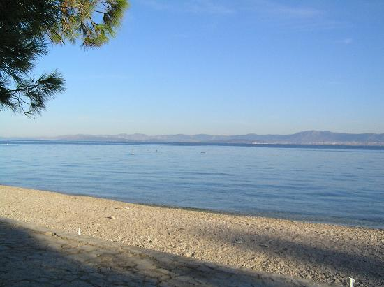 Supetar, Kroatien: coast in the morning