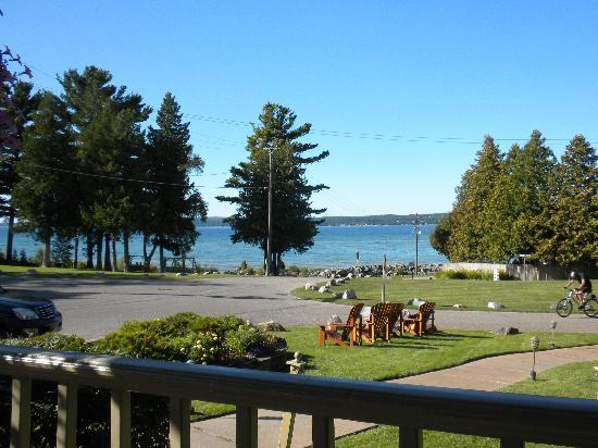 Stafford's Bay View Inn: View of Little Traverse Bay from Porch of Bayview